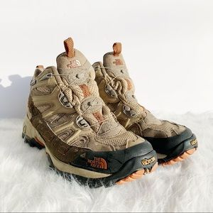 THE NORTH FACE Gore Tex Vibram XCR Boa II Sneakers